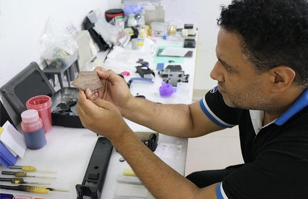 深圳手板模型厂美国设计总监