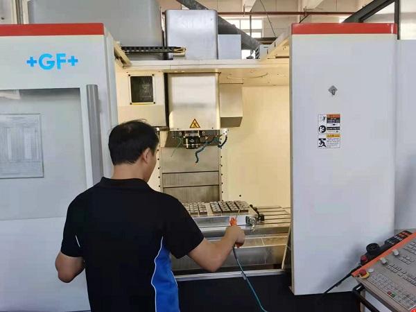 手板模型加工厂五轴机